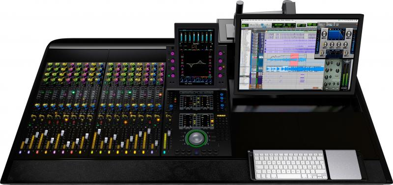 Avid S6 M10 Control Surface