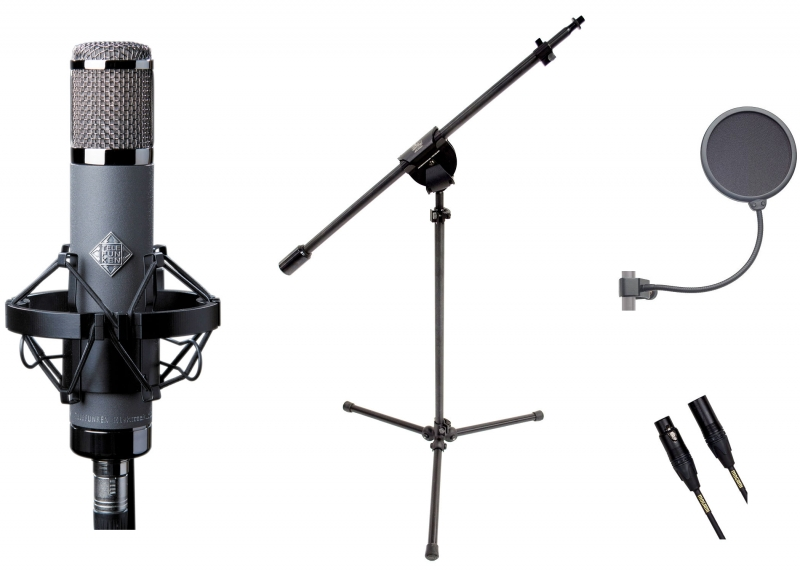 Telefunken AR-51 with a Latch Lake 1100, K&M 23956, and Mogami Gold